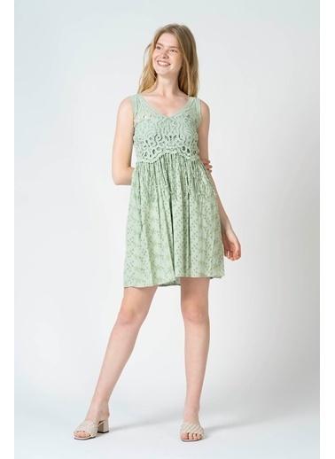 Reyon Dantel Askılı İşlemeli Günlük Elbise Mint Yeşili Yeşil